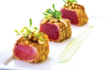 Almond-crusted Tuna